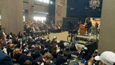 Photo of Calgary commemorates first official Holocaust Remembrance Day