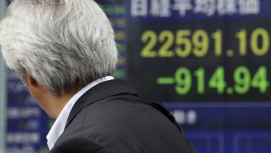 Photo of China's stock index dives 8 per cent but other world markets stable