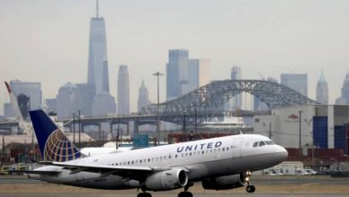 Photo of U.S. airlines extend China flight cancellations into late April over COVID-19