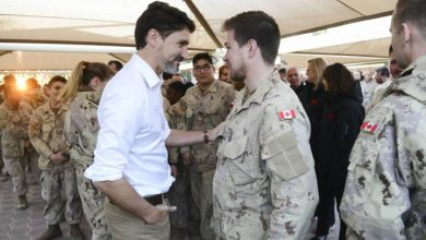 Photo of Canadian troops in Kuwait 'essential' in fight against Islamic militants: Trudeau