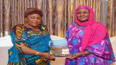 Photo of Aisha Buhari, Patience Jonathan meet at Presidential Villa