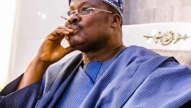 "Photo of Ajimobi cries to court; ""Makinde wants to take all my lands"""