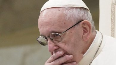 Photo of Pope Francis shuts door to married priests in Amazon