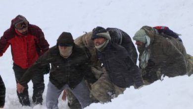 Photo of Death toll from pair of avalanches in eastern Turkey climbs to 41