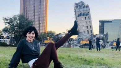 Photo of 'Leaning Tower of Dallas' survives wrecking ball, becomes off-kilter sensation