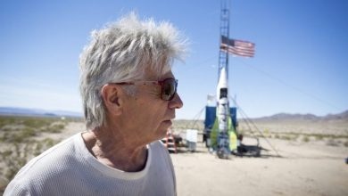 Photo of Flat-Earth martyr or victim? 'Mad' Mike Hughes dies in DIY rocket crash
