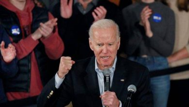 Photo of Buttigieg is 'not a Barack Obama,' Biden tells New Hampshire Democrats