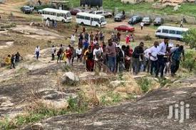 Photo of Stop developers from selling civil servants land, Subscribers urge FG