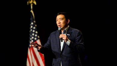 Photo of Democrat Andrew Yang suspends 2020 presidential bid