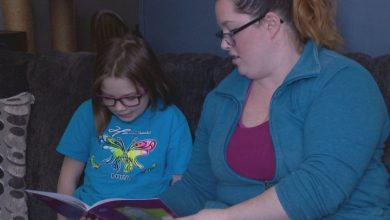 Photo of Coronavirus: Lethbridge families prepare to bridge education gap as Alberta cancels classes