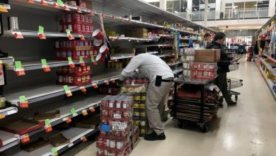 Photo of Canadians 'do not need to panic' about food shortages amid COVID-19, experts say