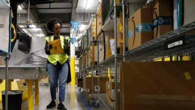 Photo of Coronavirus: Amazon to hire 100,000 workers, raise wages amid online order surge
