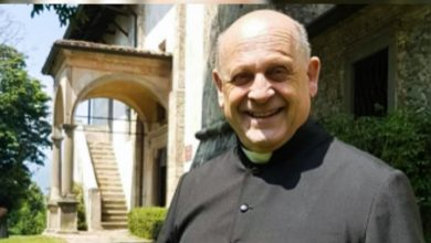 Photo of Priest, 72, dies after giving up ventilator to younger coronavirus patient in Italy