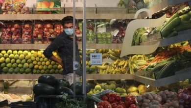 Photo of Coronavirus: Stores begin to re-open in India as country eases lockdown