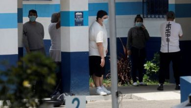 Photo of U.S. flight carrying migrants back to Guatemala infected with coronavirus: president