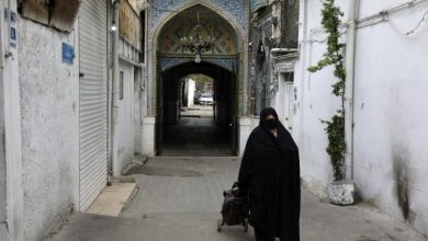 Photo of Iran allows some businesses in Tehran to reopen after coronavirus lockdown