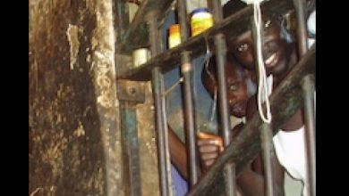 Photo of Richard Akinnola's diary: Prisoners' swapping in Lagos prisons