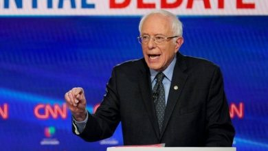 Photo of Bernie Sanders drops out of 2020 Democratic presidential race
