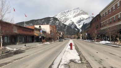 Photo of Coronavirus: What does Banff look like without international tourism?