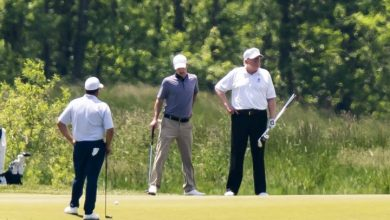 Photo of Trump goes golfing for 1st time since coronavirus was declared national emergency