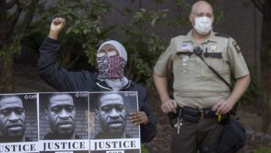 Photo of Police across U.S. condemn George Floyd's death in custody, giving critics pause
