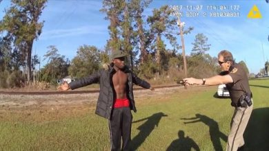 Photo of Video shows Georgia police officer tried to tase Ahmaud Arbery in 2017