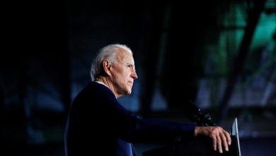 Photo of Democrats walk tightrope while standing by Biden amid sexual assault allegation