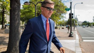 Photo of U.S. Justice Dept. dropping case against former Trump adviser Michael Flynn