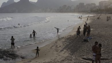 Photo of Brazil takes down months of coronavirus data from website as COVID-19 deaths rise