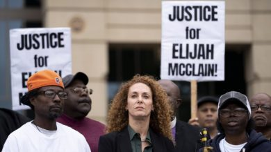 Photo of Colorado to probe death of Elijah McClain, a Black man who police put in chokehold