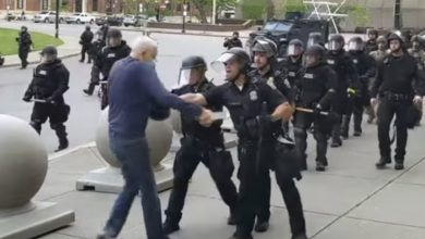 Photo of 2 Buffalo police officers charged after man shoved at George Floyd protest