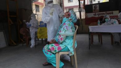Photo of India coronavirus cases surpass half a million, with no end in sight